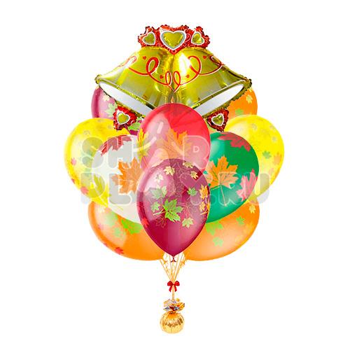 Фонтан с колокольчиками и шарами с листьями